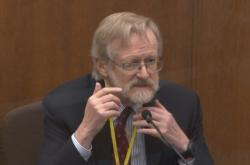 Pneumolog Martin Tobin u soudu