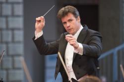 Dirigent Jakub Hrůša