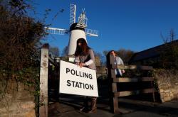 Příprava volební místnosti v Sunderlandu