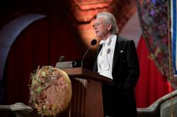 Peter Handke při udělování Nobelových cen 2019
