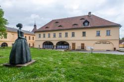 Muzeum Boženy Němcové slaví 90. výročí od založení výstavami