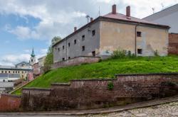 bývalé věznice v Trutnově (na snímku z 19. května 2021) by mohly být zázemí a depozitář Muzea Podkrkonoší, nová Galerie draka nebo dům technických dovedností