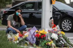 V Ontariu najel automobil do skupiny muslimů a čtyři z nich zabil