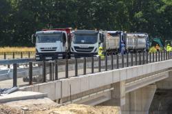 Zatěžkávací zkouška mostu