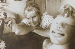 Zuzana Kyselková v ateliéru ( 80. léta)