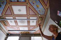 Muchovy fresky na radnici v Hrušovanech nad Jevišovkou