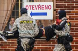 Zásah policie u jatek v Mirovicích