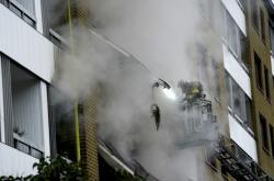 Požár domu po výbuchu v Göteborgu