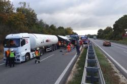 Nehoda cisterny na D1 u Brna
