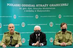 Jaroslaw Kaczyński na tiskové konferenci se zástupci polské pohraniční stráže