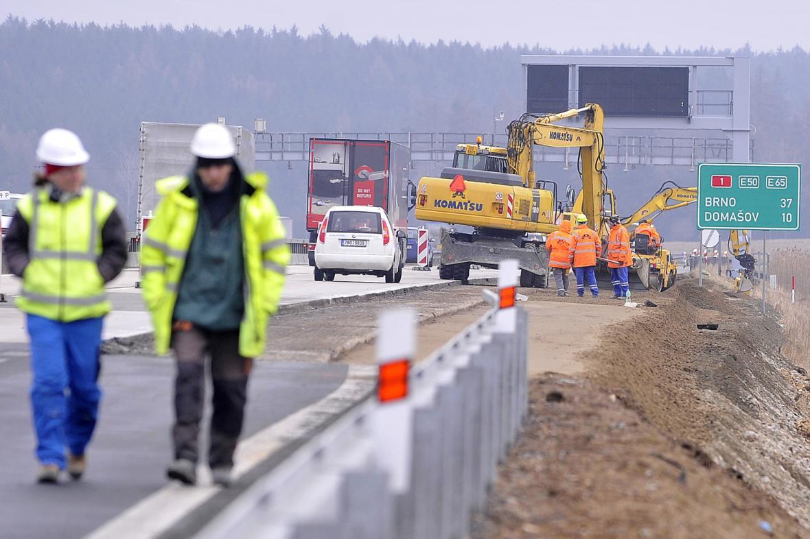 Opravy dálnice D1