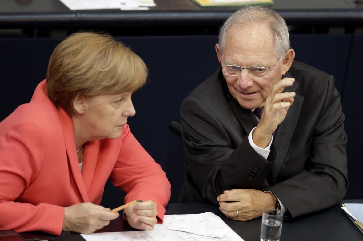 Merkelová a Schäuble