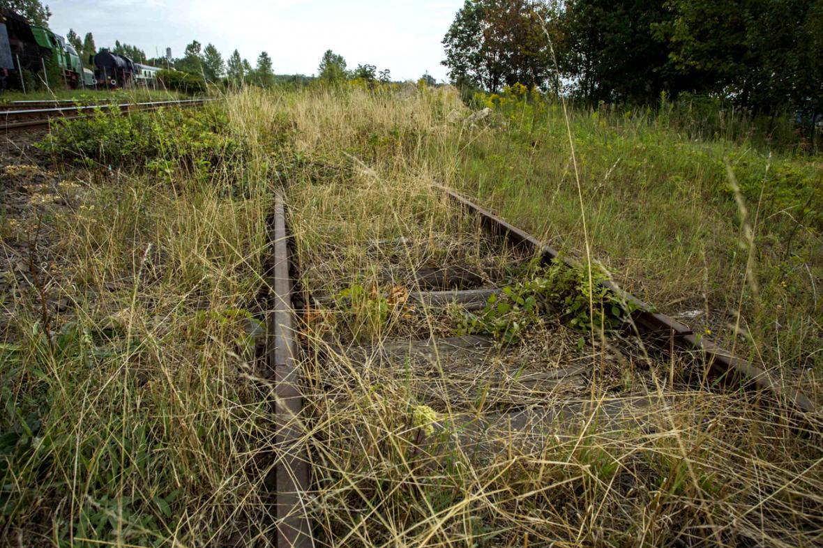 Zbytky železniční tratě mezi Walbrzychem a Vratislaví