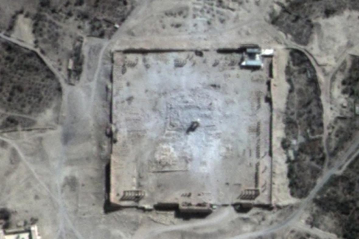 Zničený Belův chrám