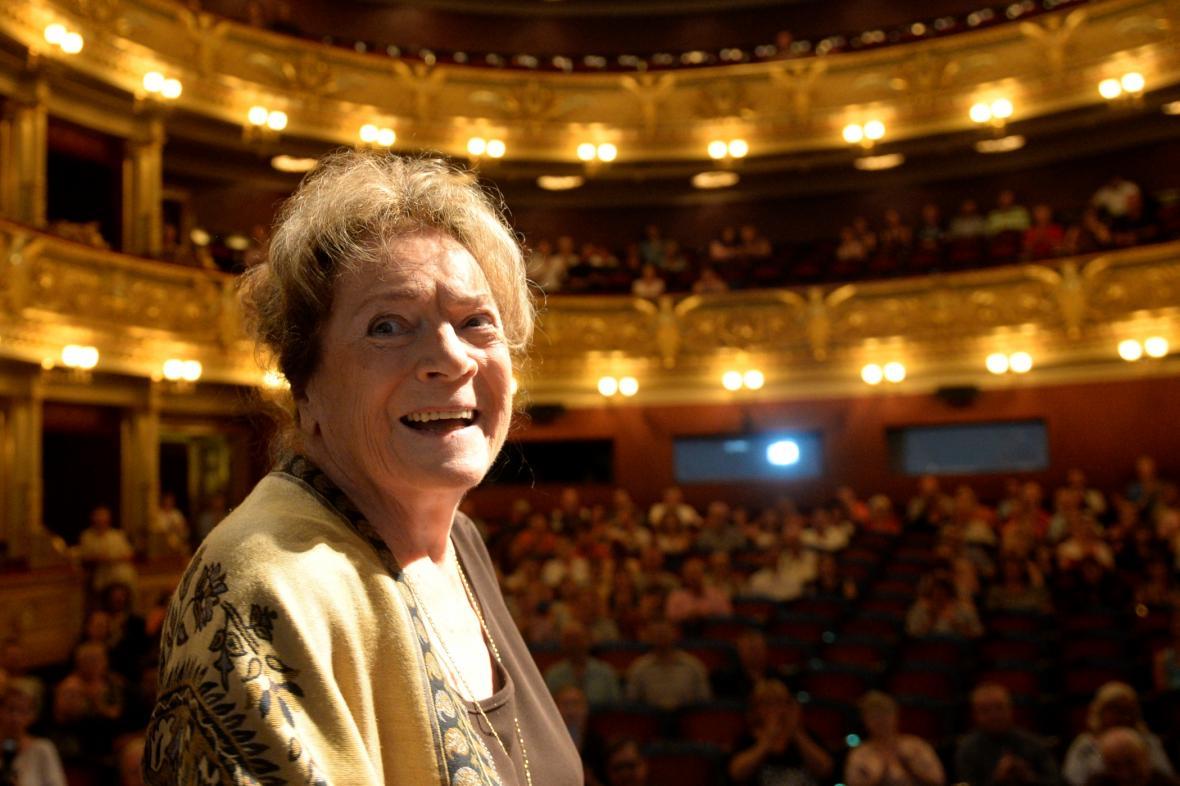 Vlasta Chramostová vstoupila do Síně slávy Národního divadla