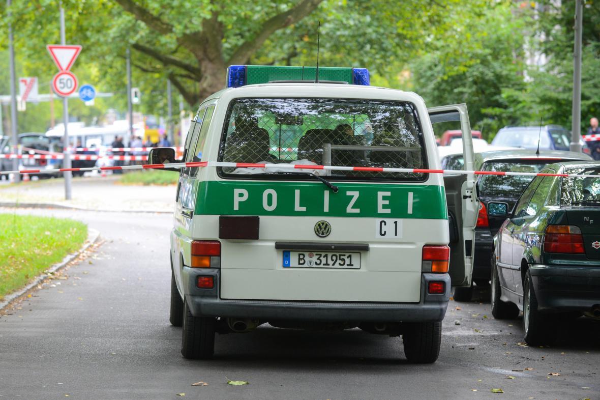 Místo, kde islámský radikál pobodal berlínskou policistku