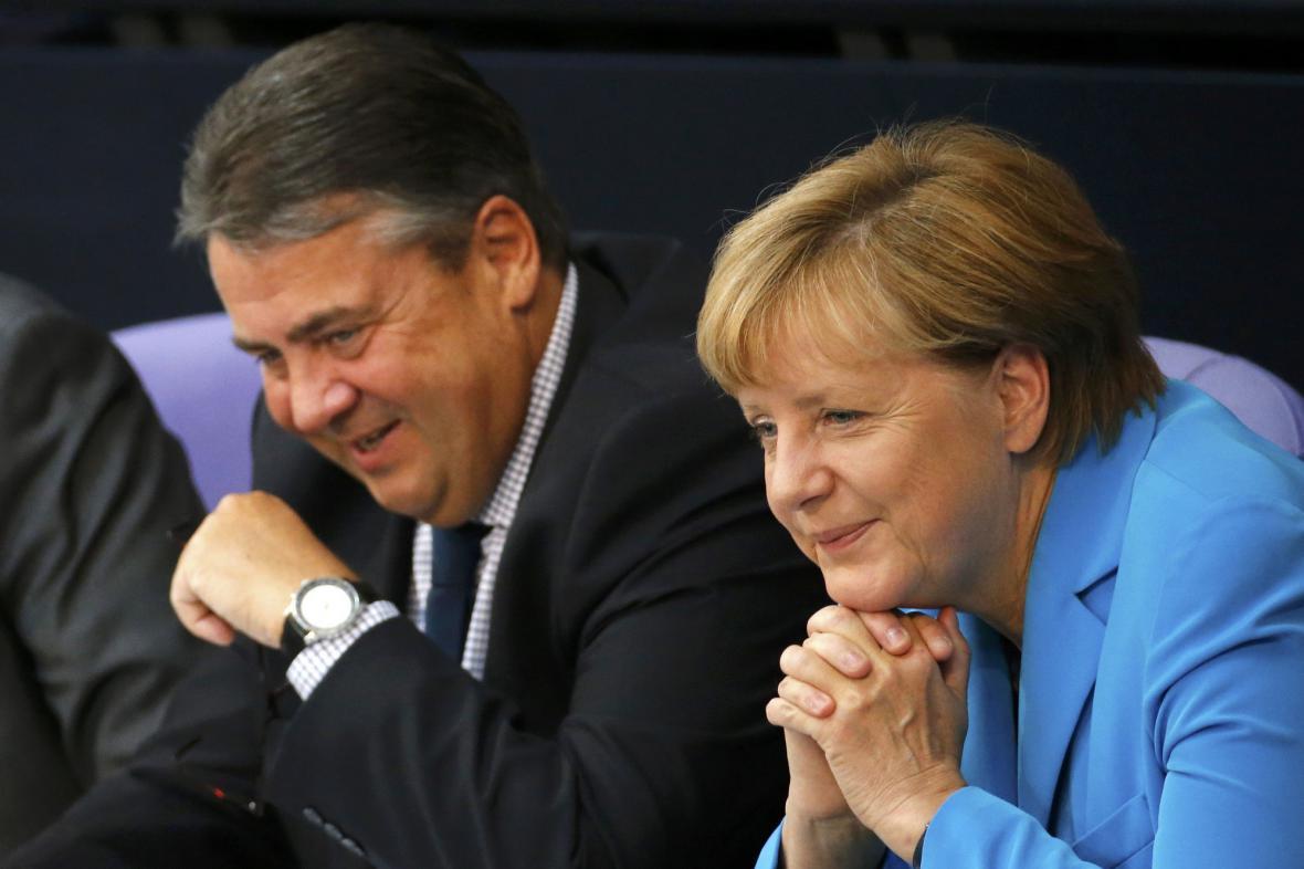Sigmar Gabriel s Angelou Merkelovou
