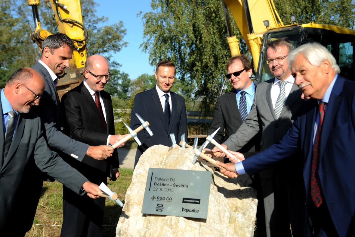 Slavnostní zahájení stavby dalšího úseku D3