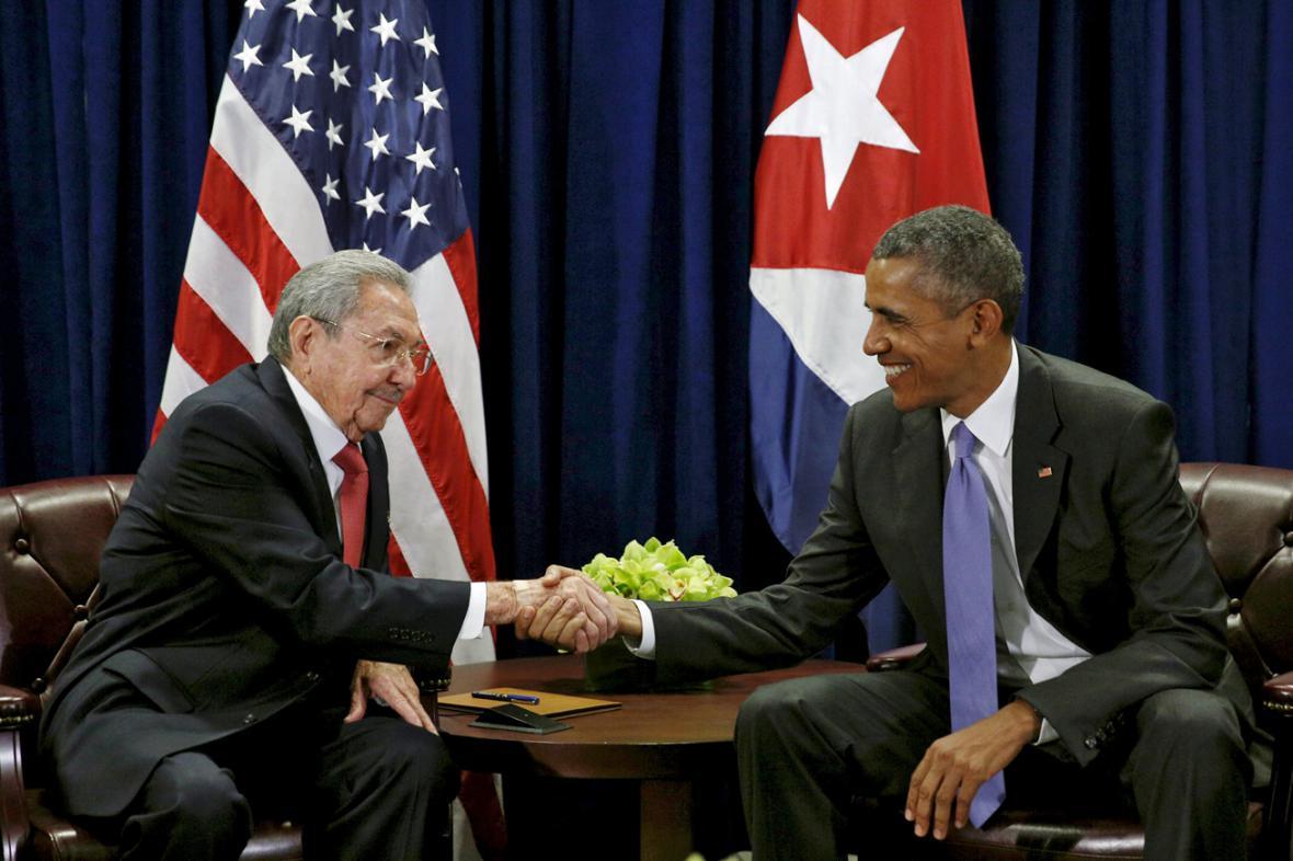 Raúl Castro a Barack Obama se setkali na okraj zasedání Valného shromáždění OSN