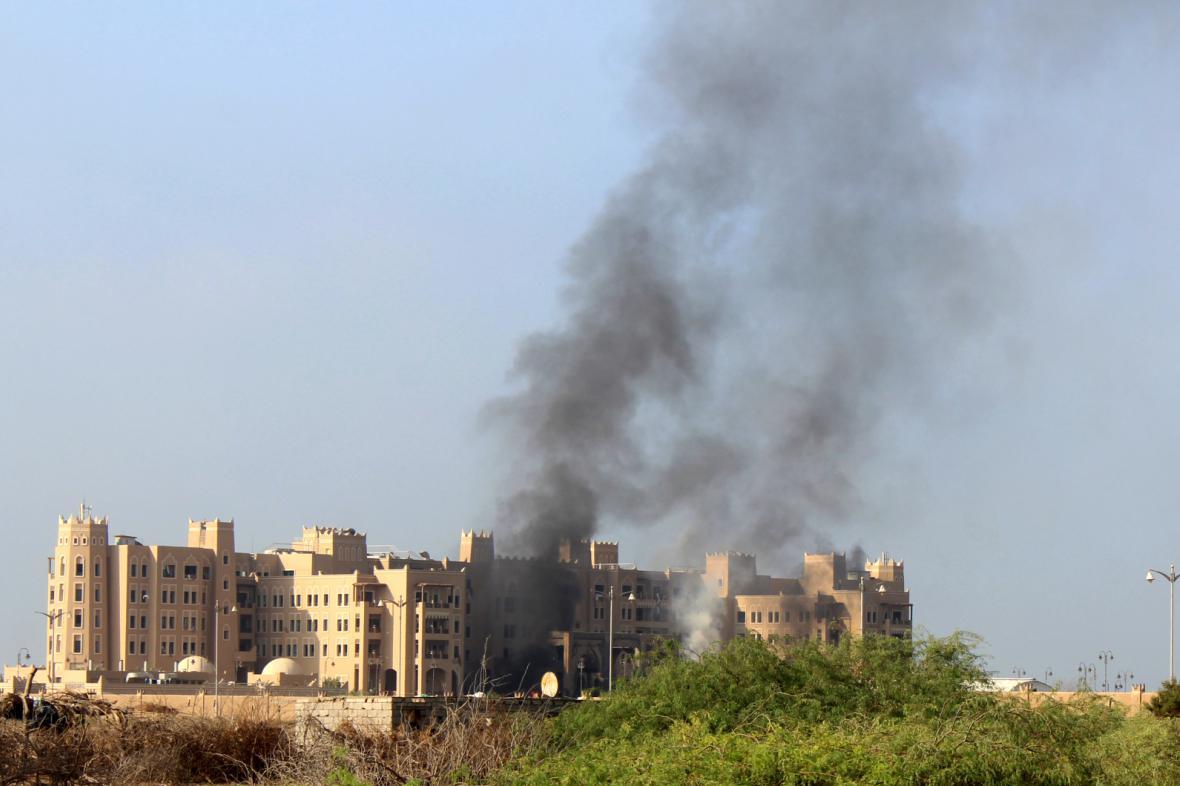 Útok na vládní hotel v Adenu