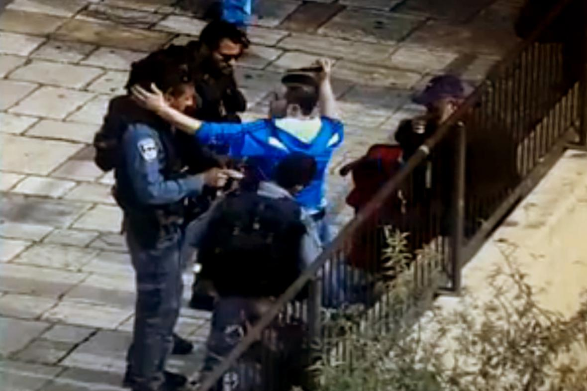 Palestinec zaútočil v Jeruzalémě nožem na izraelskou policejní hlídku