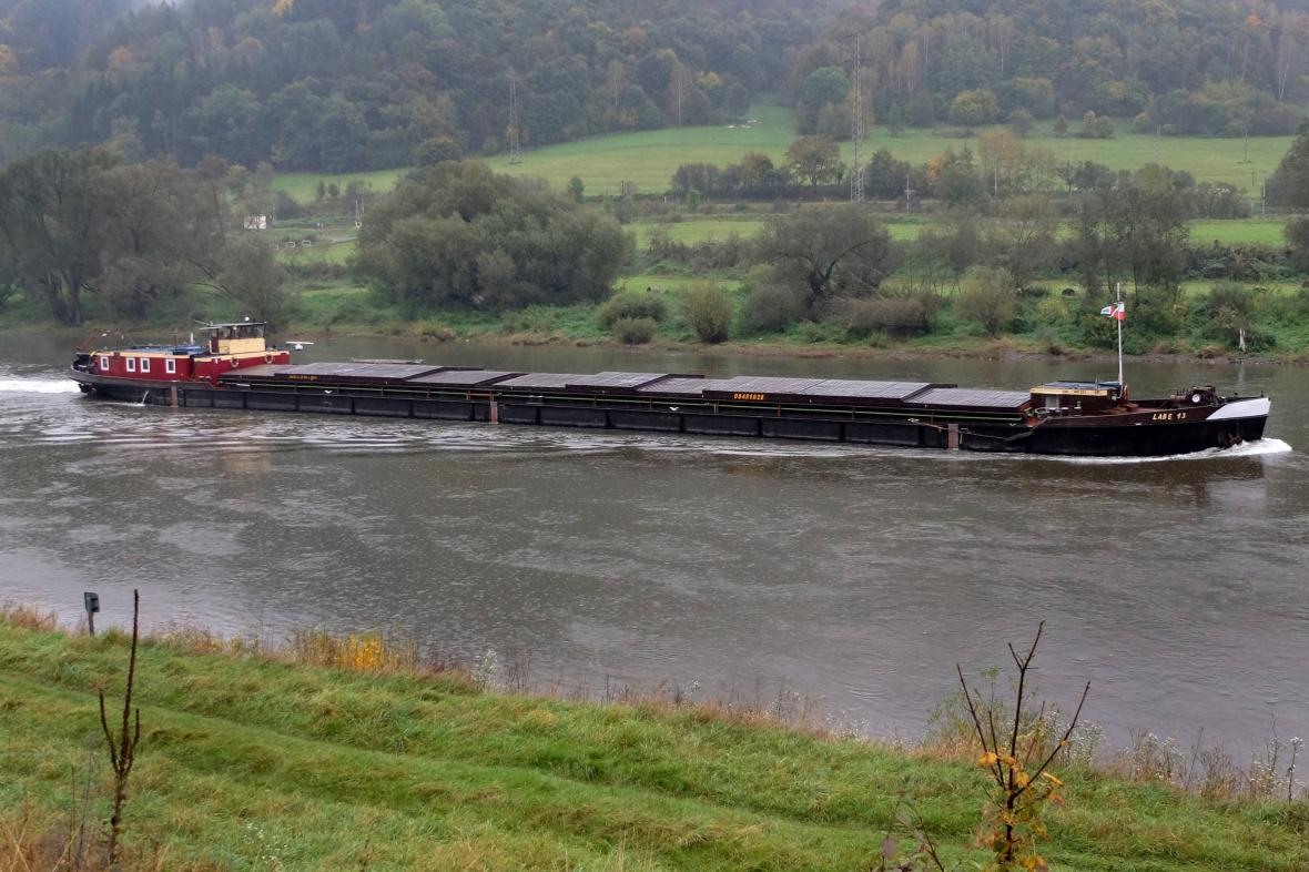 Labská vodní cesta mezi Ústím nad Labem a Děčínem