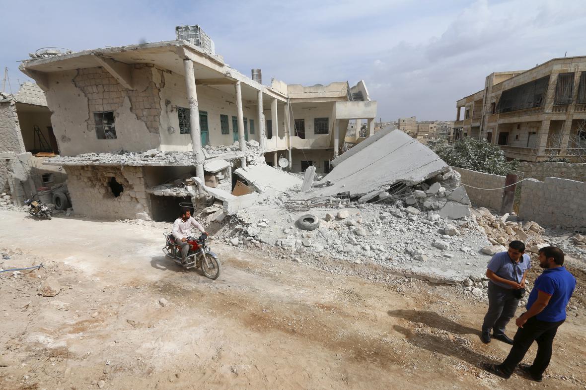 Vybombardované Aleppo
