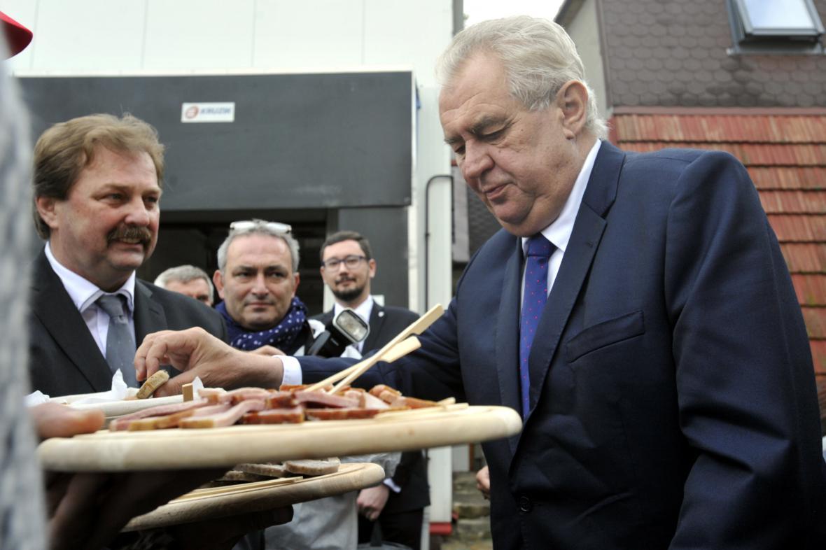 Miloš Zeman na návštěvě Zlínského kraje varoval před právem Šaríja
