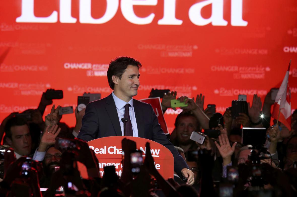 Justin Trudeau slaví volební vítězství