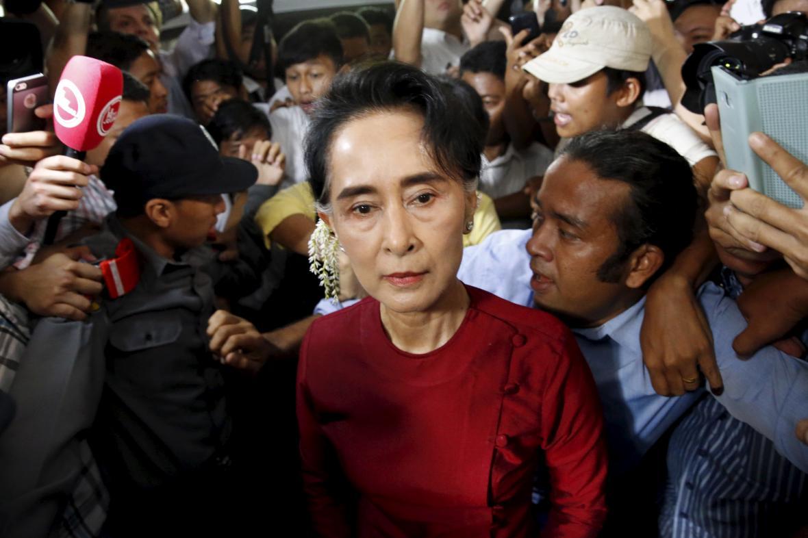 Vůdkyně Národní ligy pro demokracii Aun Schan Su Ťij