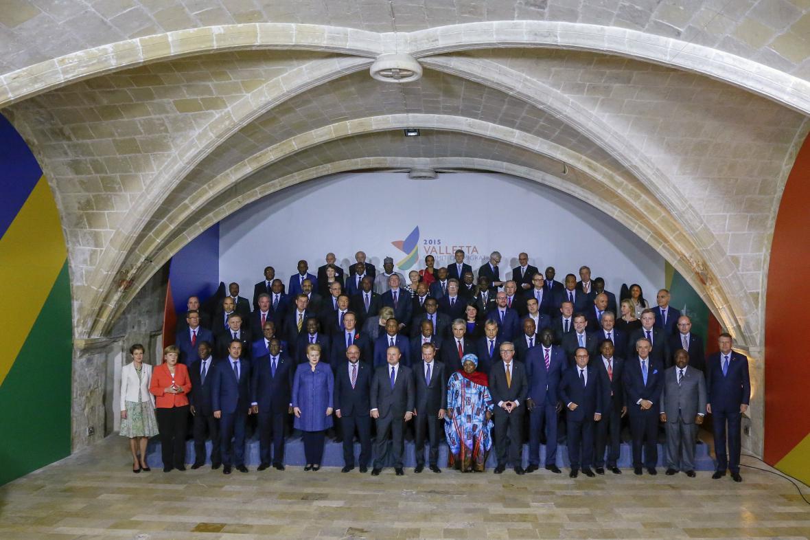 Účastníci maltského summitu k migraci