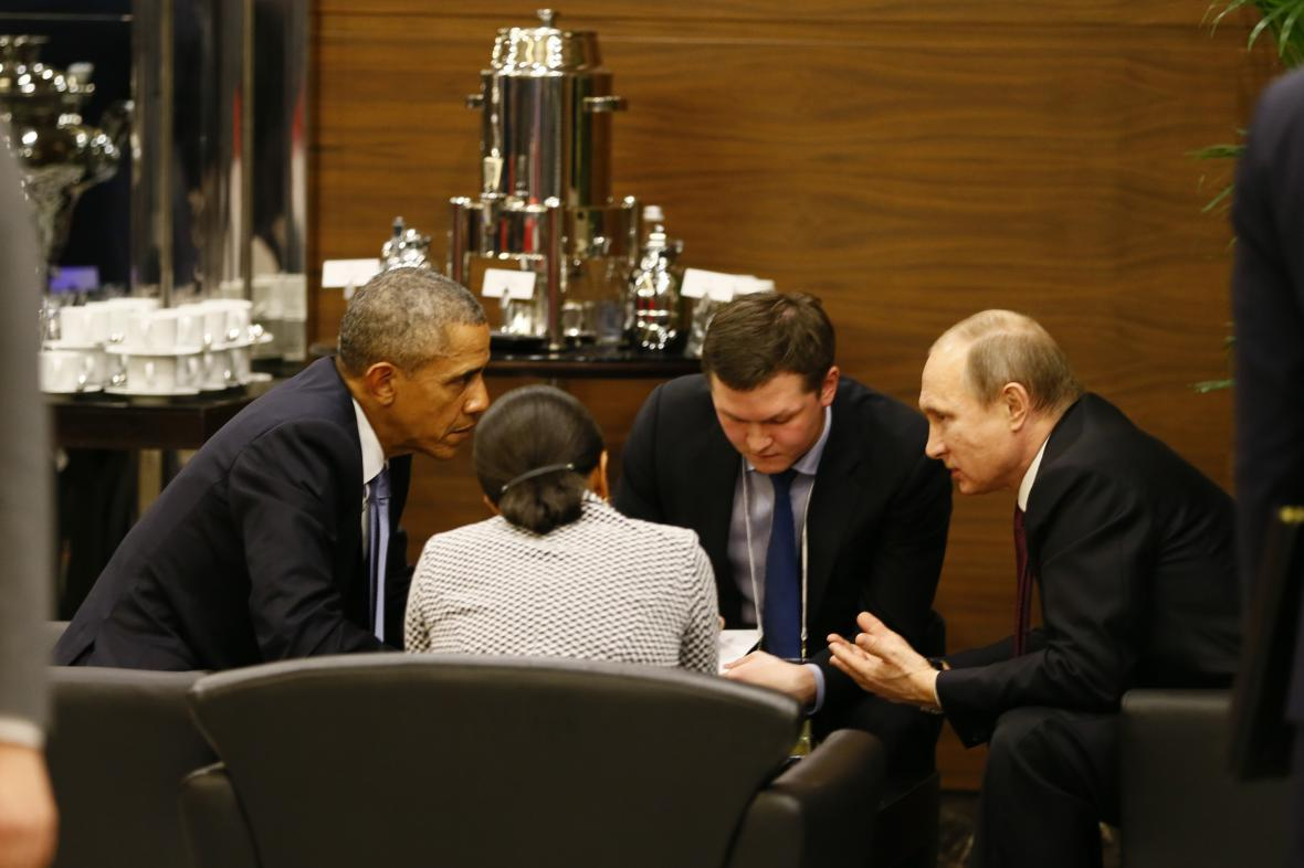 Barack Obama a Vladimir Putin spolu hovořili na summitu G20