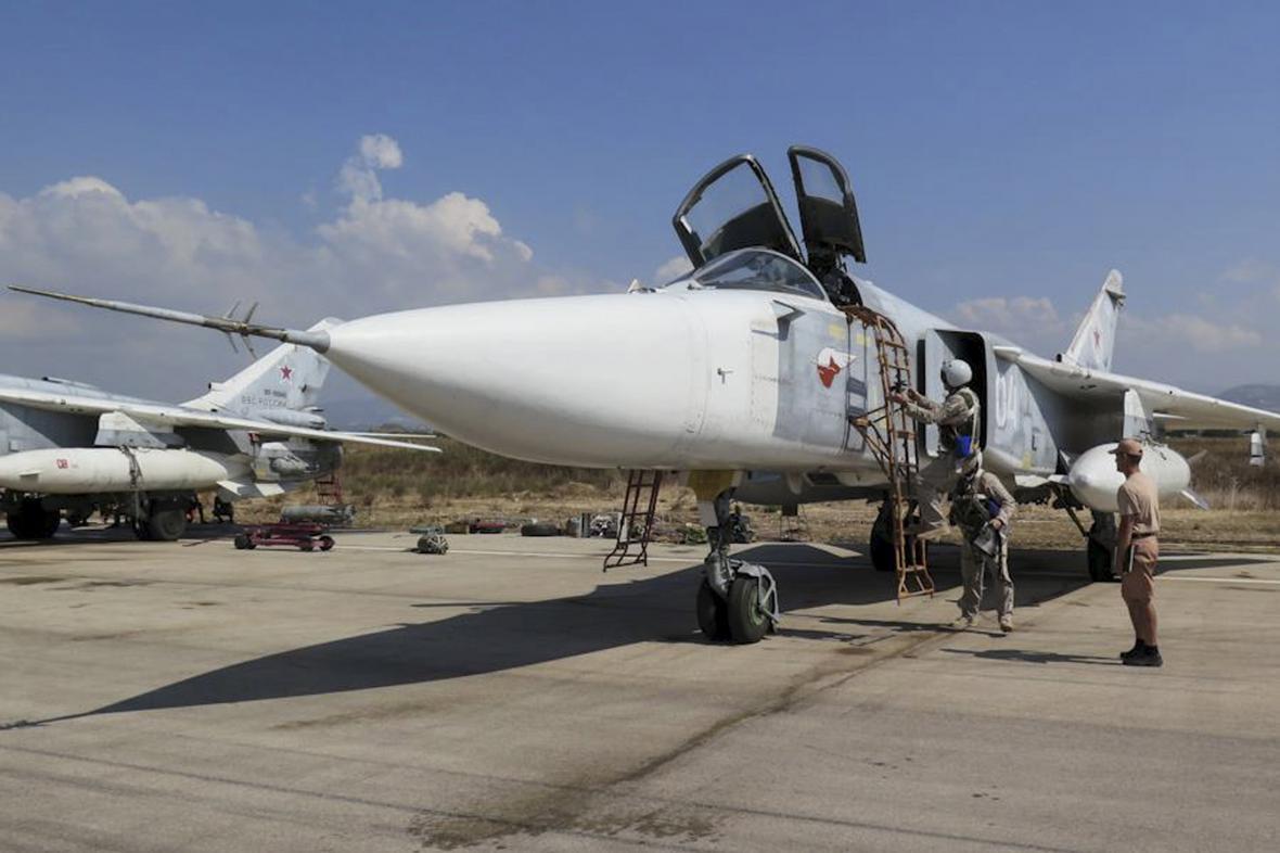 Ruský stíhací bombardér Su-24
