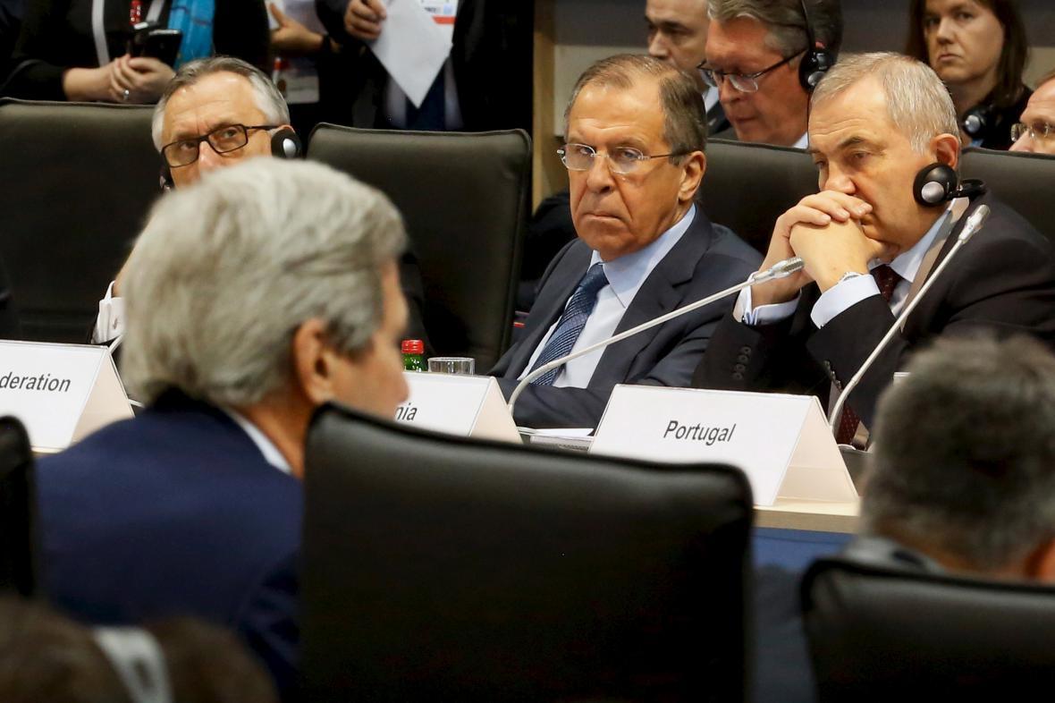 Sergej Lavrov na konferenci OBSE v Bělehradě
