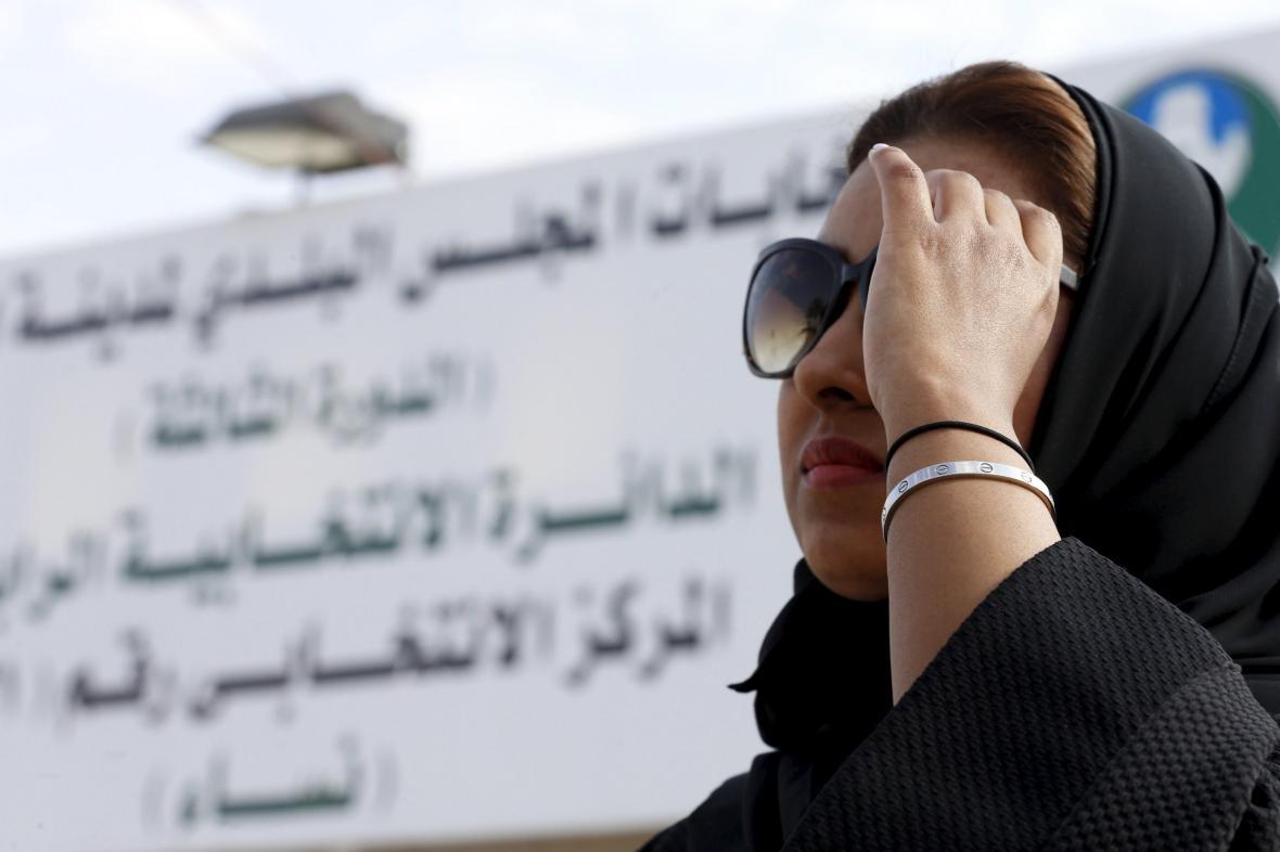 V Saúdské Arábii mohly poprvé k volbám i ženy