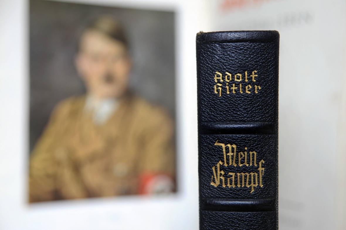 Mein Kampf Adolfa Hitlera