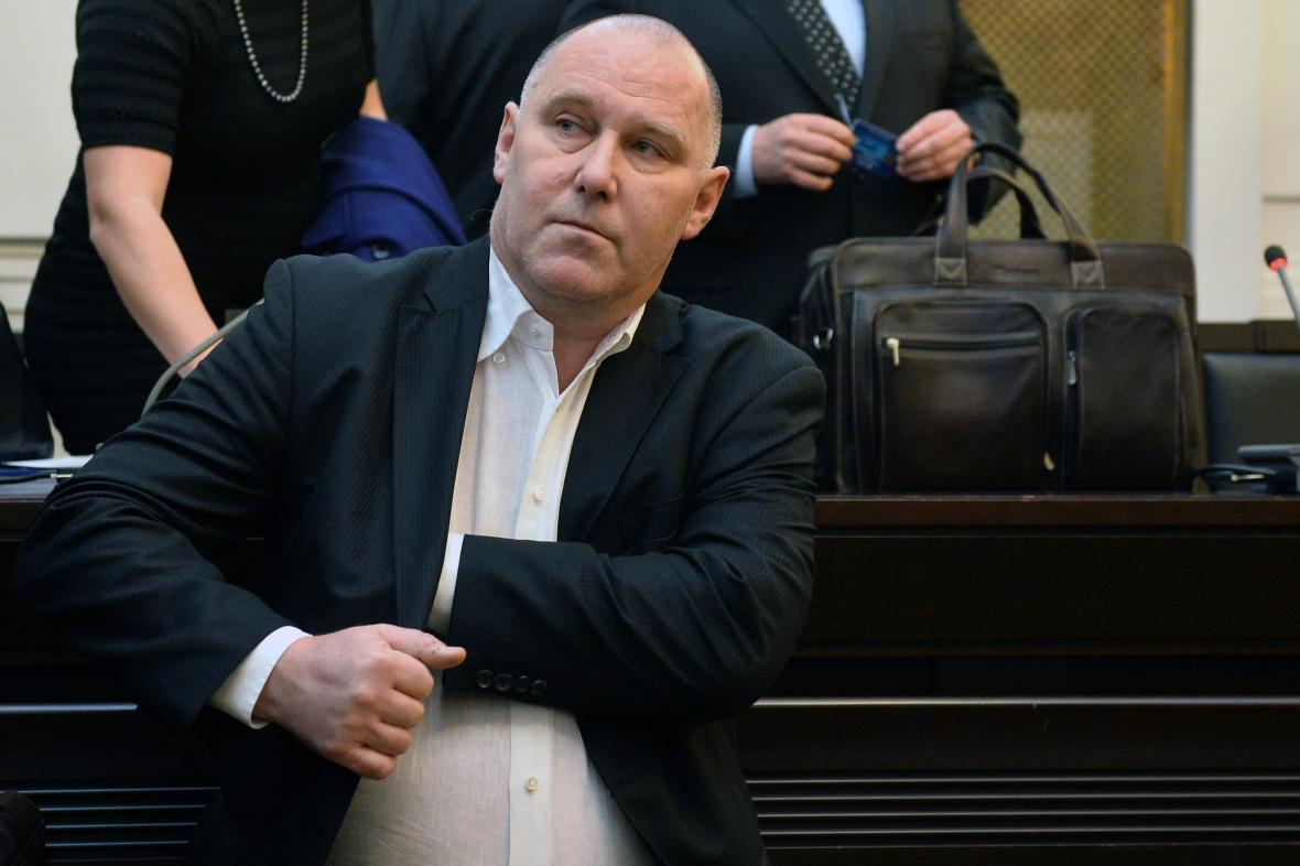 Bývalý ředitel Nemocnice Na Homolce Vladiír Dbalý u Městského soudu v Praze