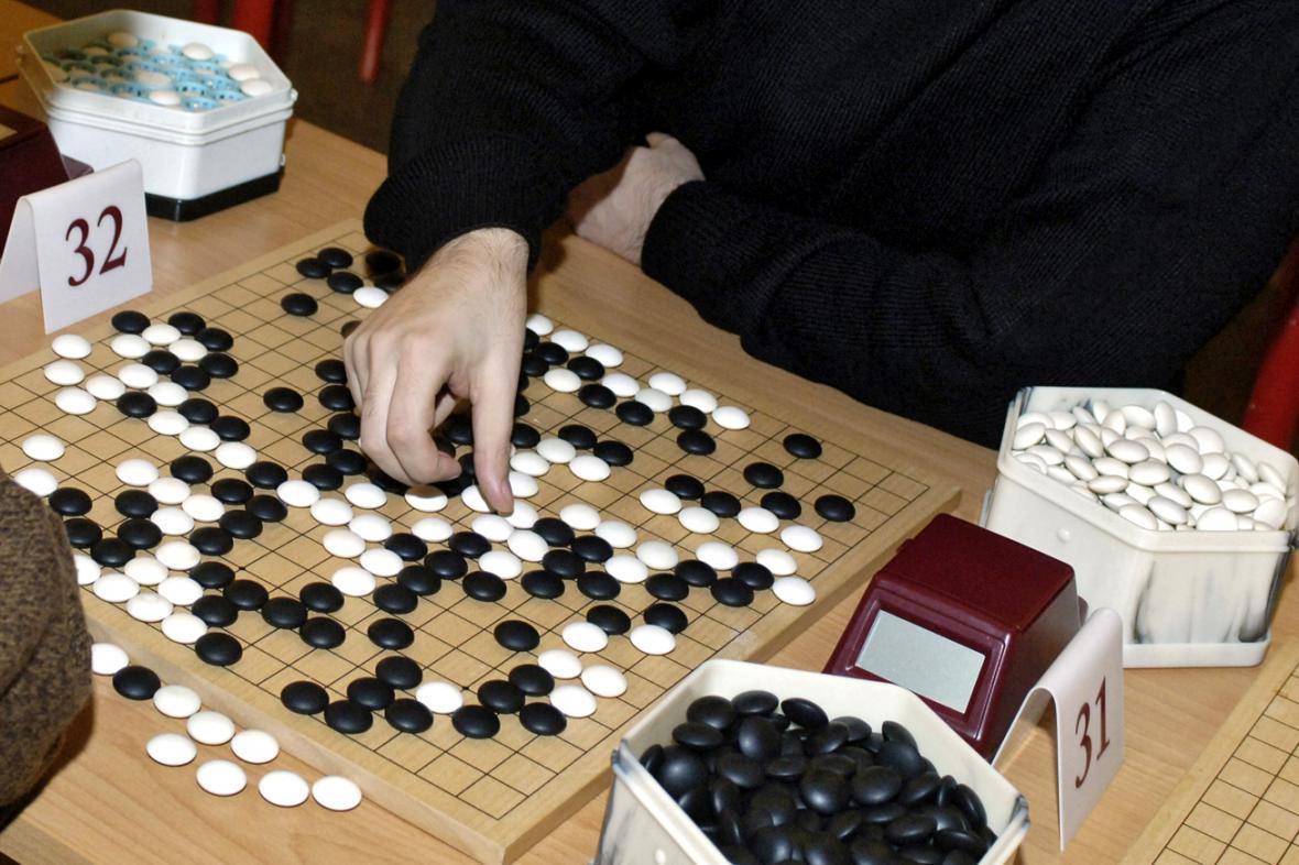 Turnaj v deskové hře go