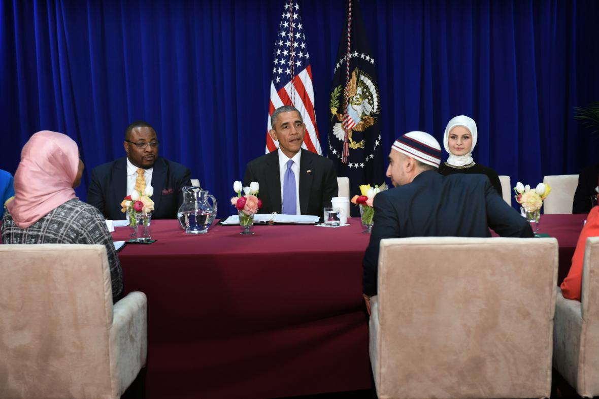 Americký prezident Barack Obama navštívil mešitu