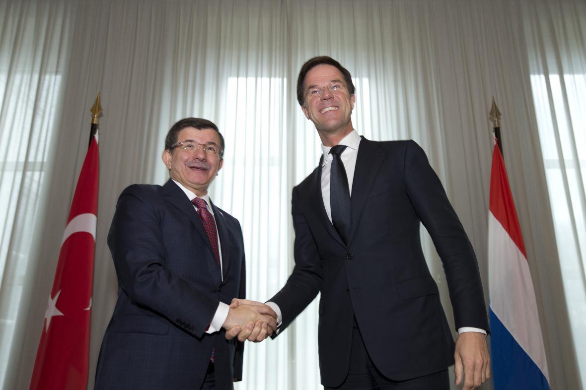 Ahmet Davutoglu a Mark Rutte