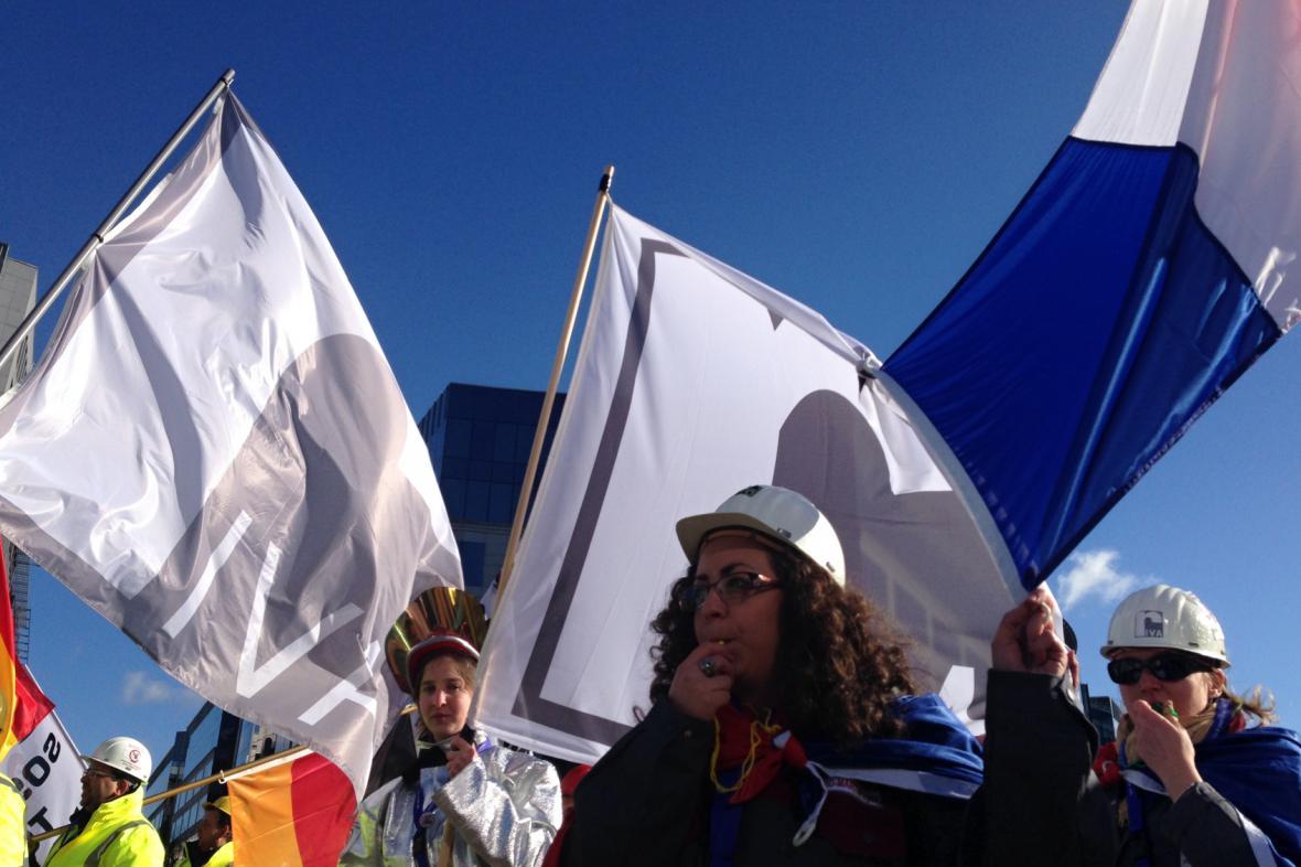 Oceláři demonstrovali v Bruselu proti dovozů z Číny