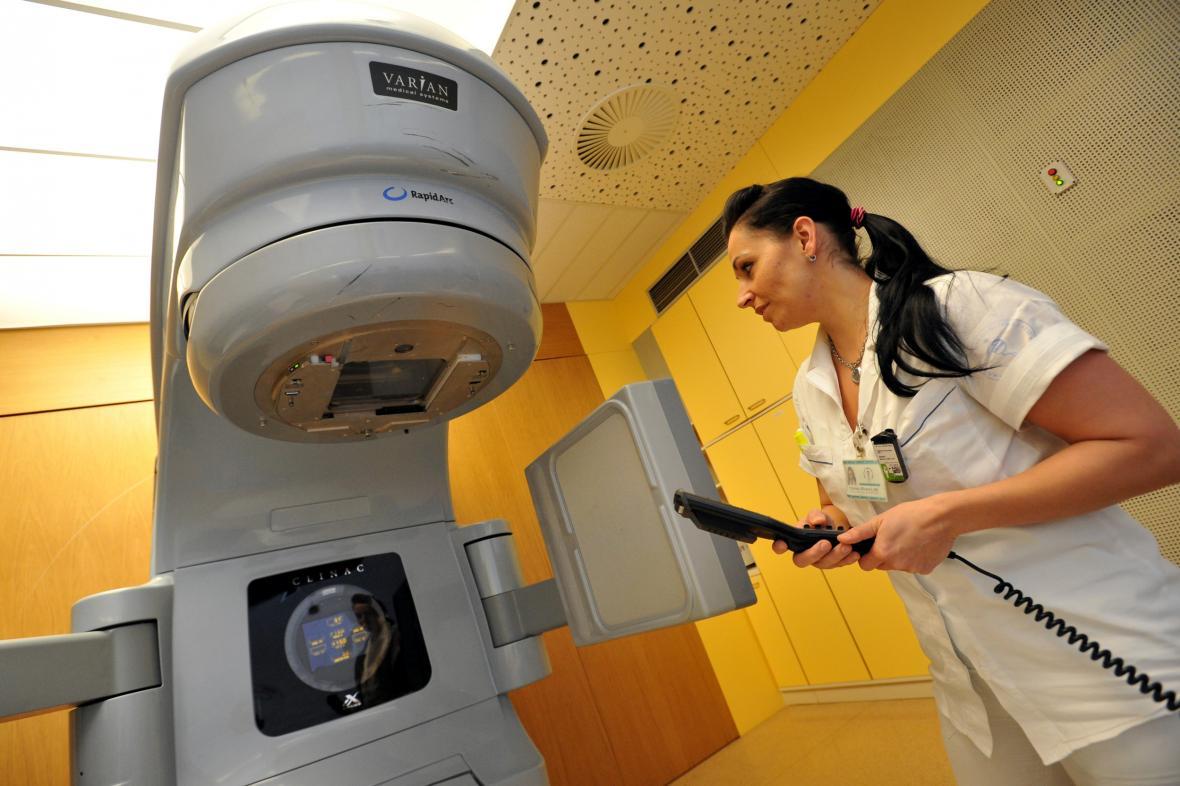 Radioterapeutický lineární urychlovač