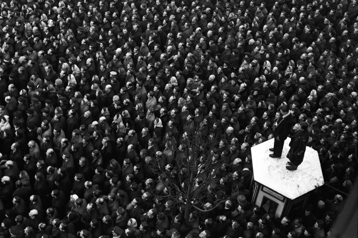 Manifestace při únorových dnech 1948