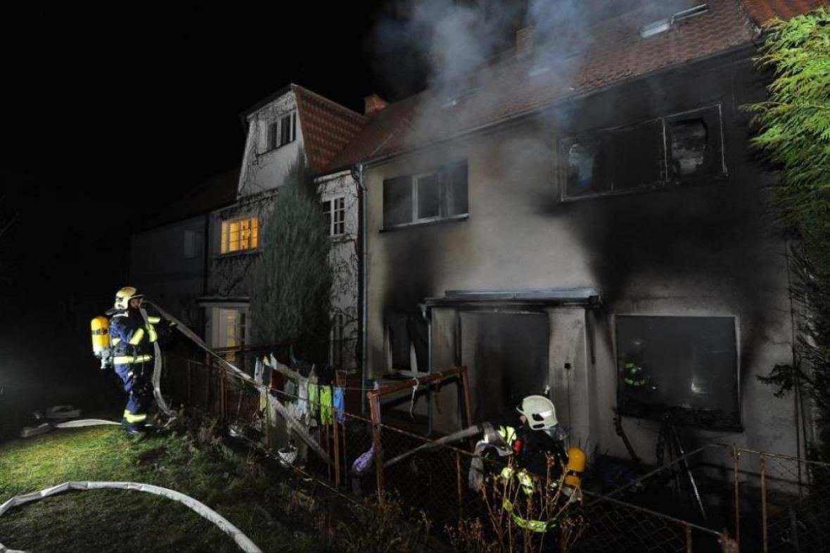 Požár rodinného domu na pražském Spořilově