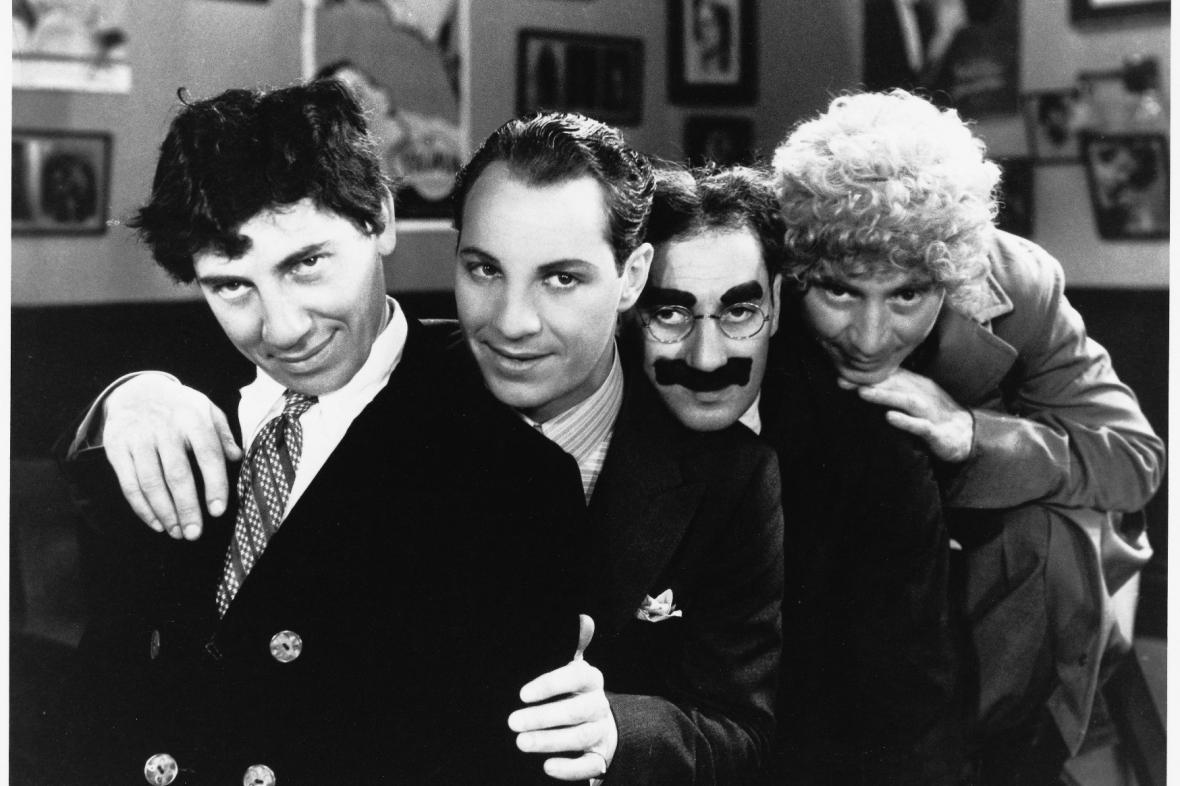 Bratři Marxové ve filmu Opičárny (1931)