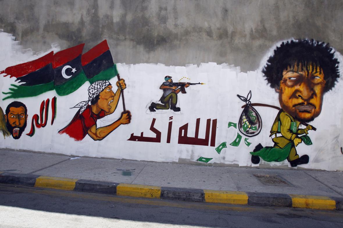Graffiti z období povstání proti Kaddáfímu