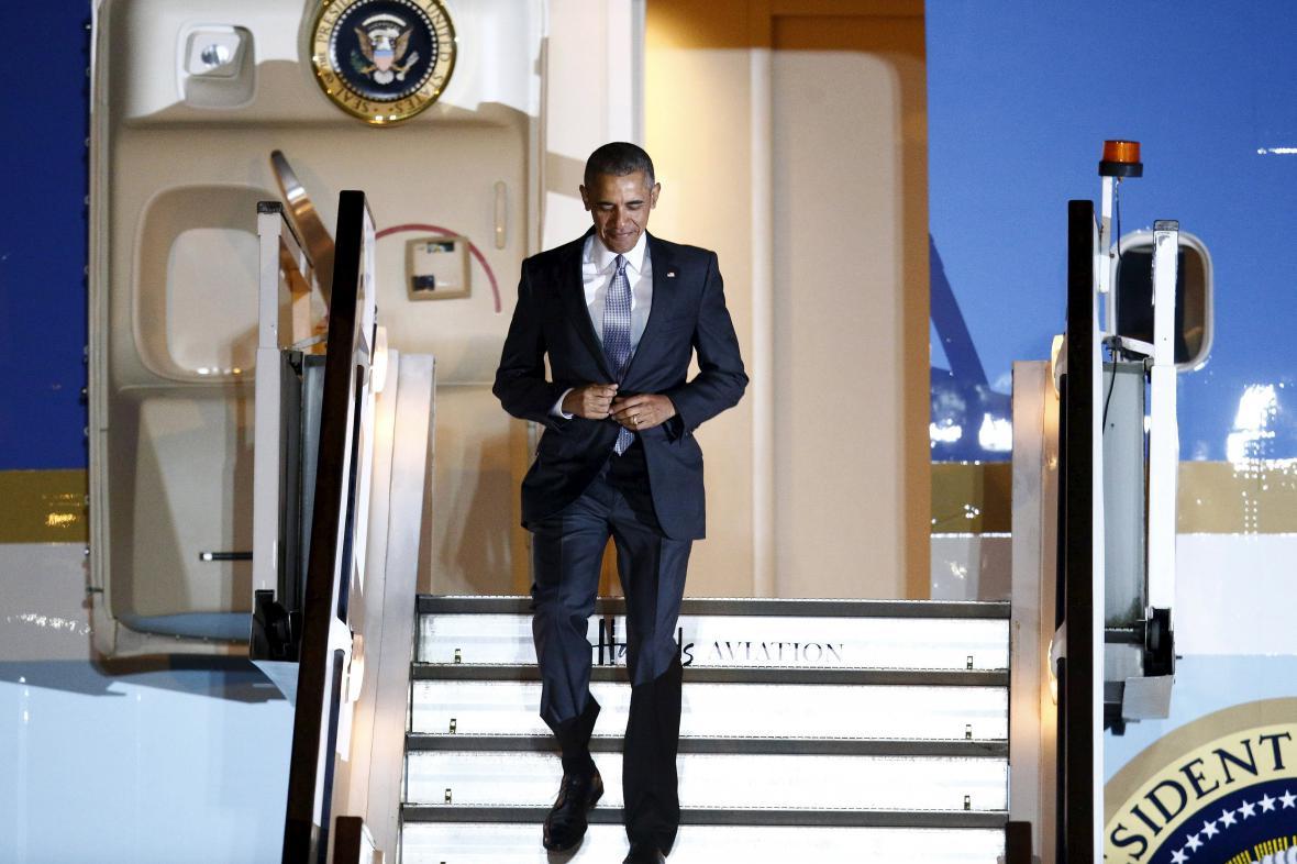 Americký prezident Barack Obama přiletěl do Evropy