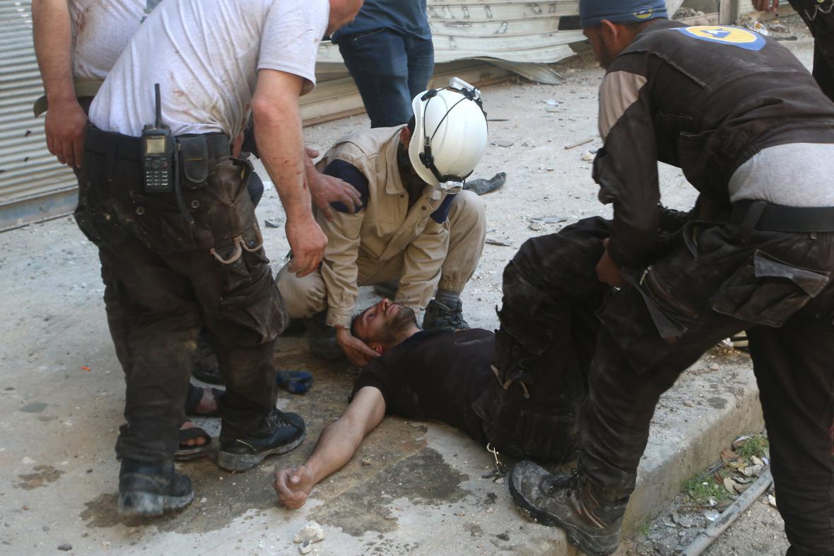 Syrské Aleppo pod palbou