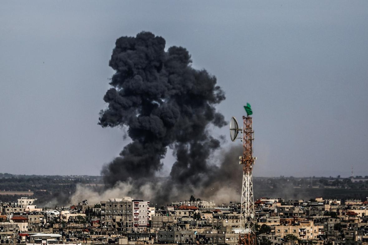 Izrael bombardoval pozice Hamasu v Pásmu Gazy