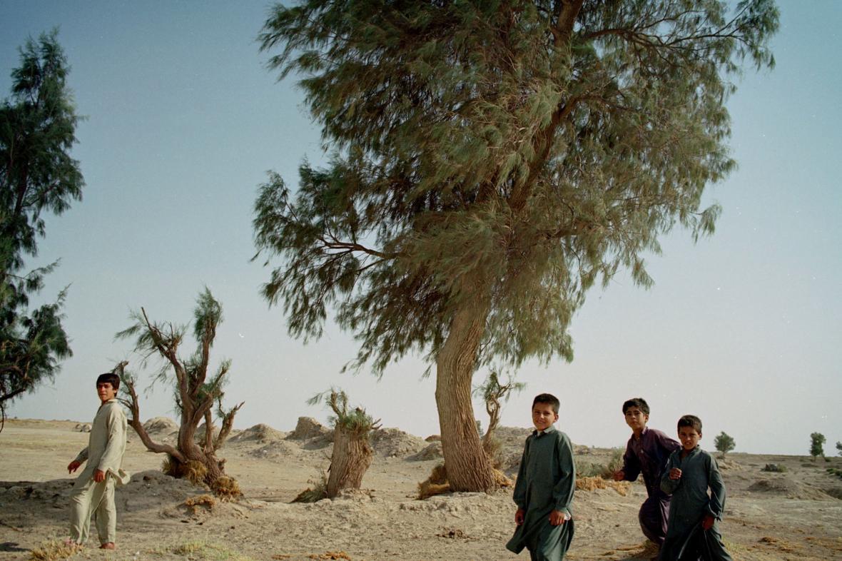 Íránské děti nedaleko města Zábol na jihovýchodě země